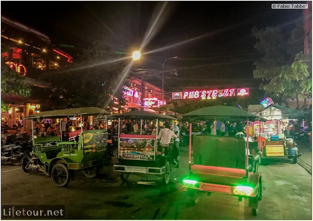 Fabio_s-LifeTour---Cambodia-(2017-July-August)---Siem-Reap-(Angkor)---Entertainment---Pub-Street---18495