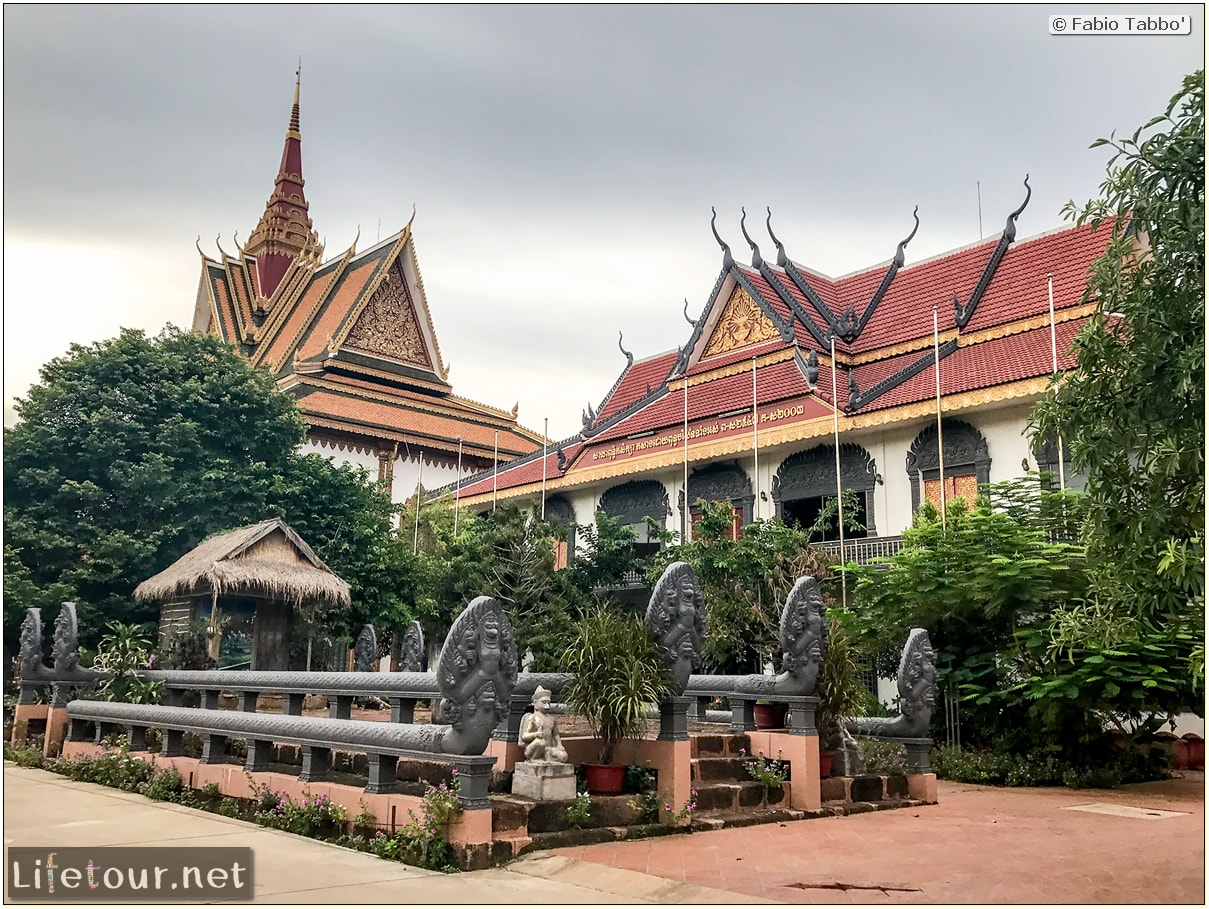Fabio_s-LifeTour---Cambodia-(2017-July-August)---Siem-Reap-(Angkor)---Wat-Preah-Prom-Rath---18484
