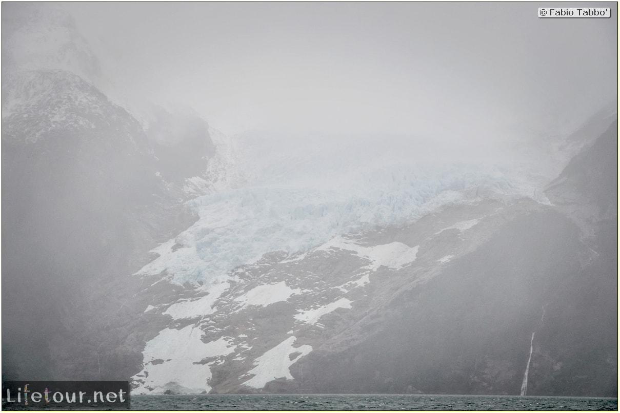 Fabio_s-LifeTour---Chile-(2015-September)---Park-O'higgins-–-glacier-Balmaceda---1--Boat-trip---3404