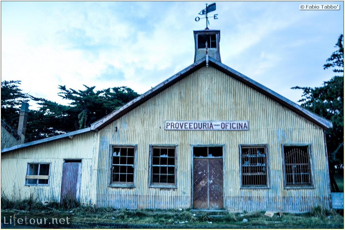 Fabio_s-LifeTour---Chile-(2015-September)---Porvenir---Tierra-del-Fuego---Estancia-San-Gregorio---11885