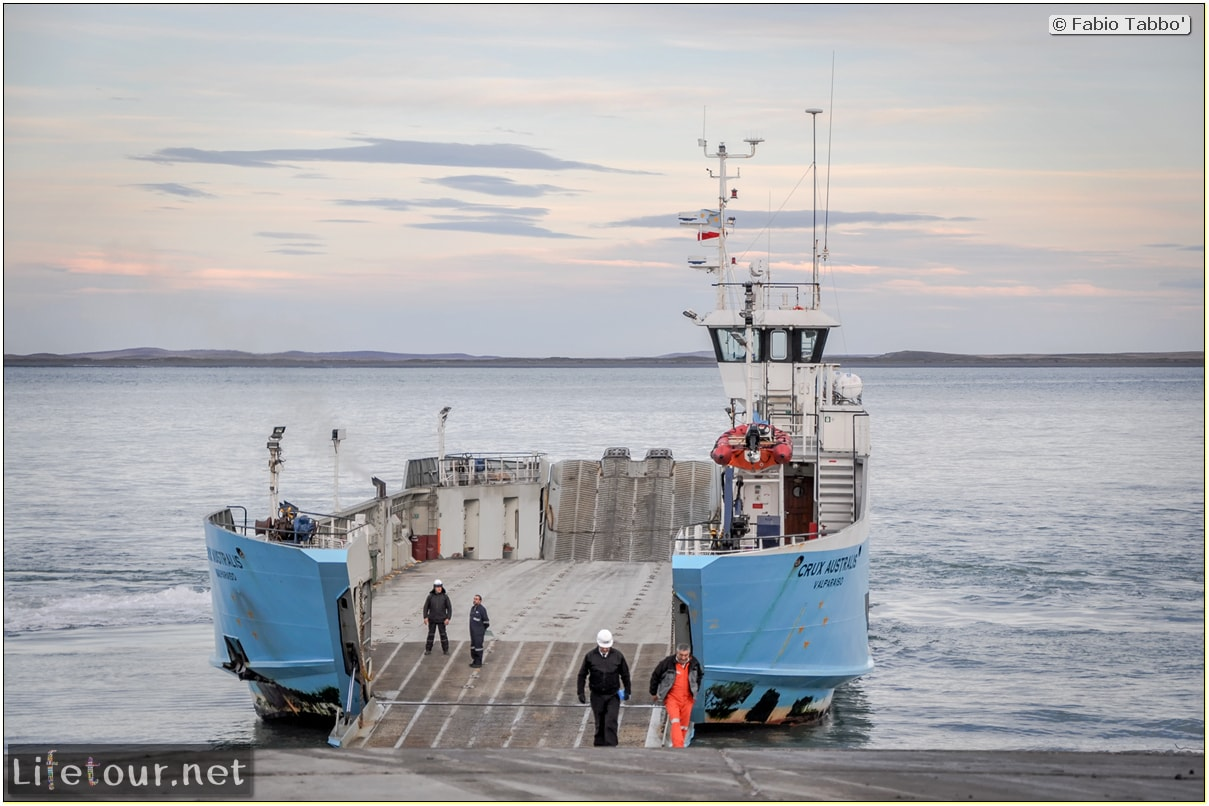 Fabio_s-LifeTour---Chile-(2015-September)---Porvenir---Tierra-del-Fuego---Magellan-Strait---2--Punta-Delgada-Lighthouse---11549 cover
