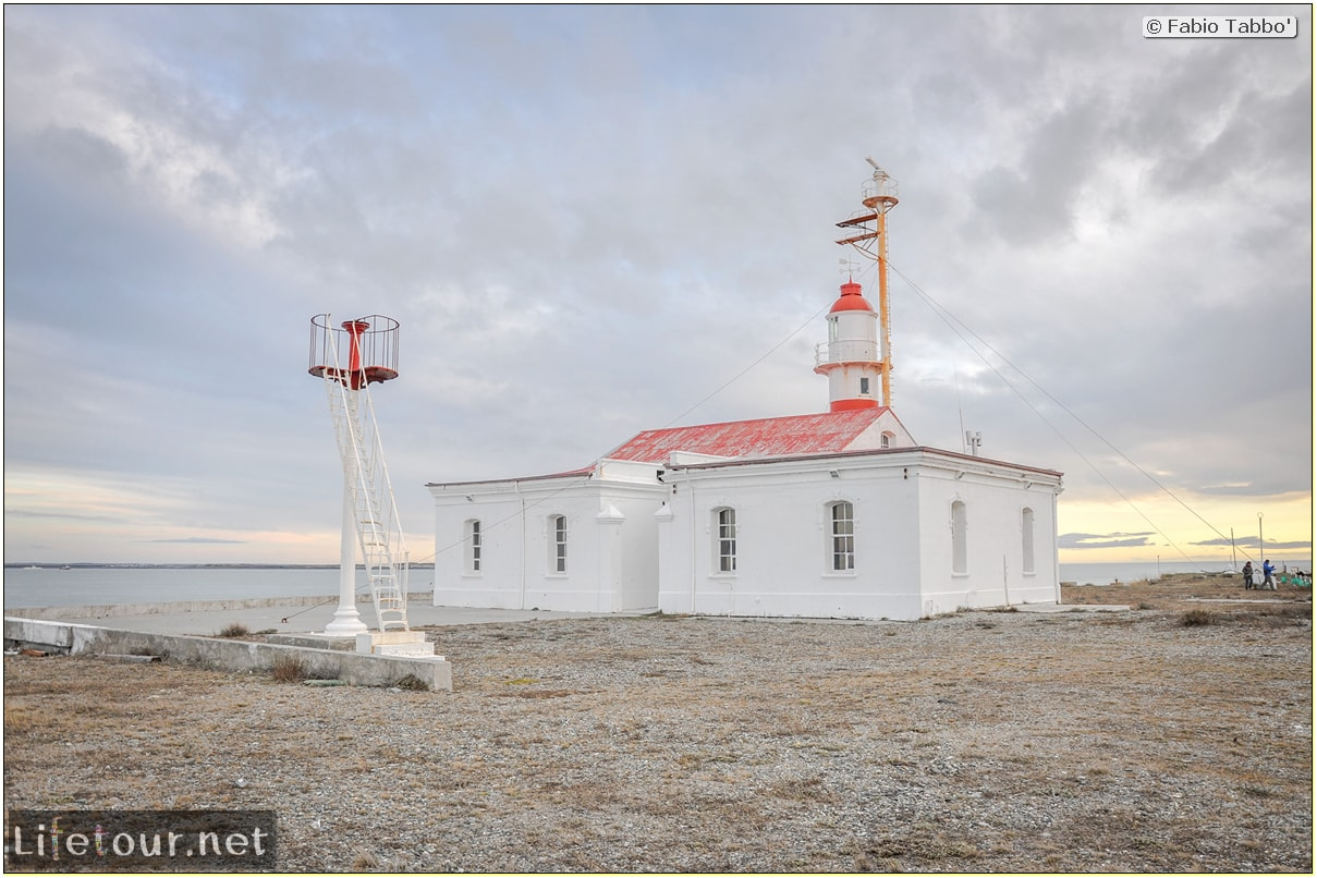 Fabio_s-LifeTour---Chile-(2015-September)---Porvenir---Tierra-del-Fuego---Magellan-Strait---2--Punta-Delgada-Lighthouse---11661