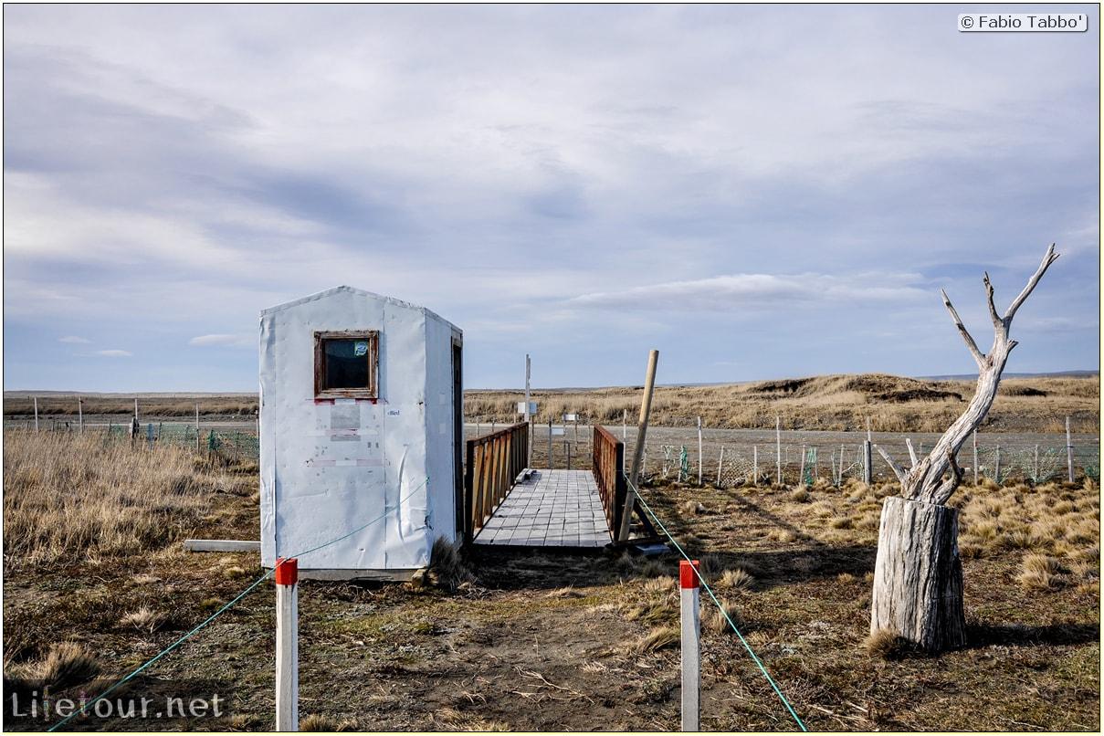 Fabio_s-LifeTour---Chile-(2015-September)---Porvenir---Tierra-del-Fuego---Parque-Penguinos-Rey---1--The-scientific-base---8794