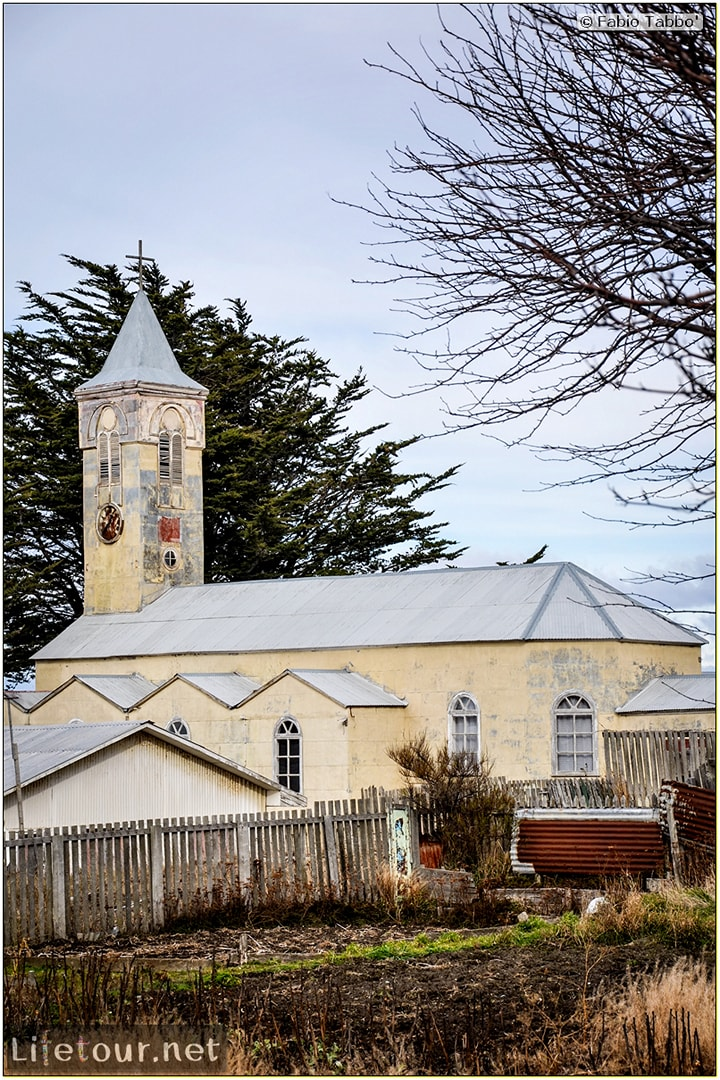 Fabio_s-LifeTour---Chile-(2015-September)---Porvenir---Tierra-del-Fuego---Porvenir-city---Church-San-Francisco-de-Sales---6419
