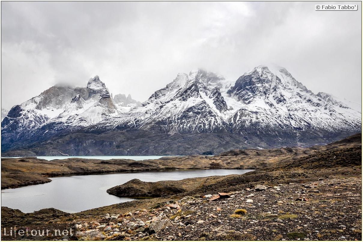 Fabio_s-LifeTour---Chile-(2015-September)---Torres-del-Paine---Amarga-Lagoon---11679