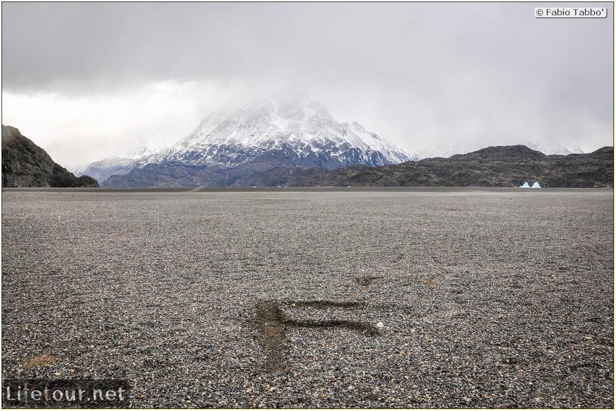 Fabio_s-LifeTour---Chile-(2015-September)---Torres-del-Paine---Glacier-Gray---12369 cover