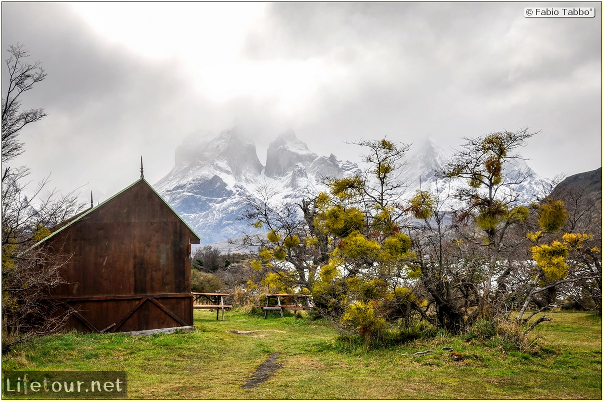 Fabio_s-LifeTour---Chile-(2015-September)---Torres-del-Paine---Serrano-river-tourist-village---12307
