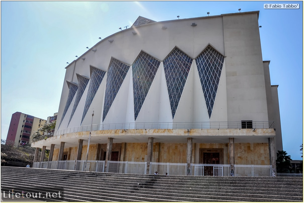 Fabio_s-LifeTour---Colombia-(2015-January-February)---Barranquilla---Maria-Reina-Metropolitan-Cathedral---1721