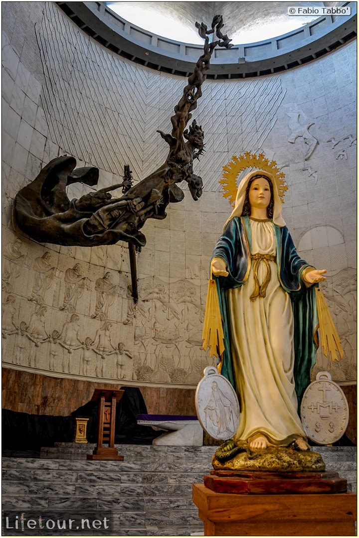 Fabio_s-LifeTour---Colombia-(2015-January-February)---Barranquilla---Maria-Reina-Metropolitan-Cathedral---2283