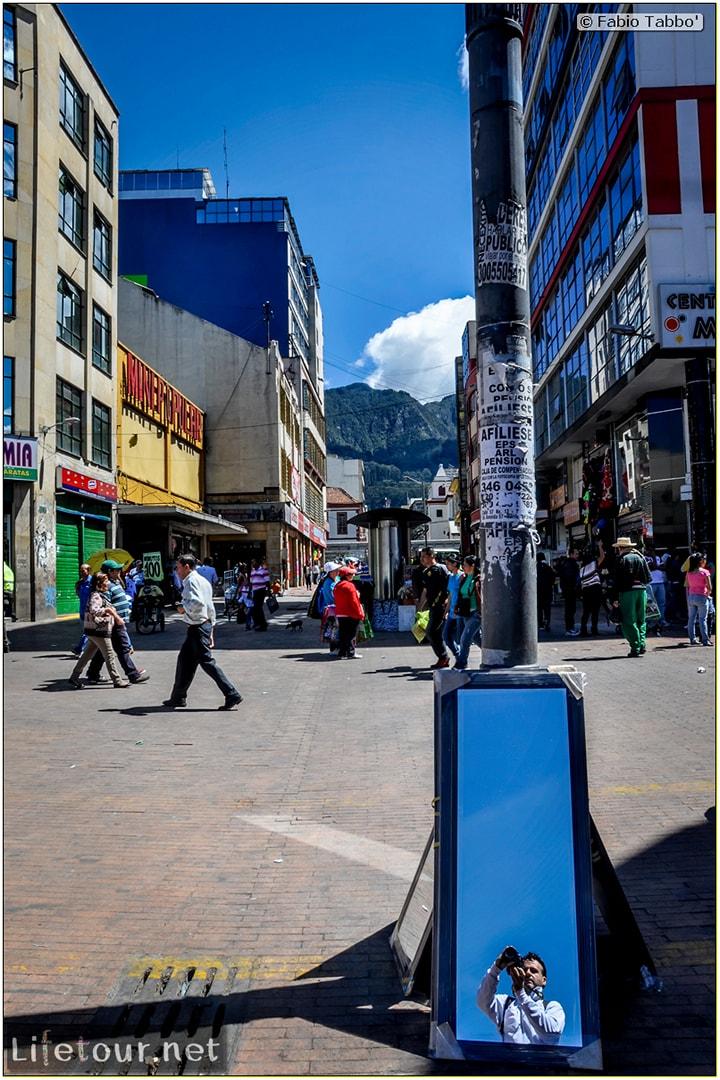 Fabio_s-LifeTour---Colombia-(2015-January-February)---Bogota_---Candelaria---Bolivar-Plaza---2503