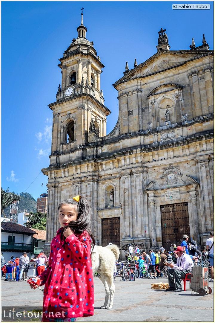 Fabio_s-LifeTour---Colombia-(2015-January-February)---Bogota_---Candelaria---Bolivar-Plaza---5487 COVER