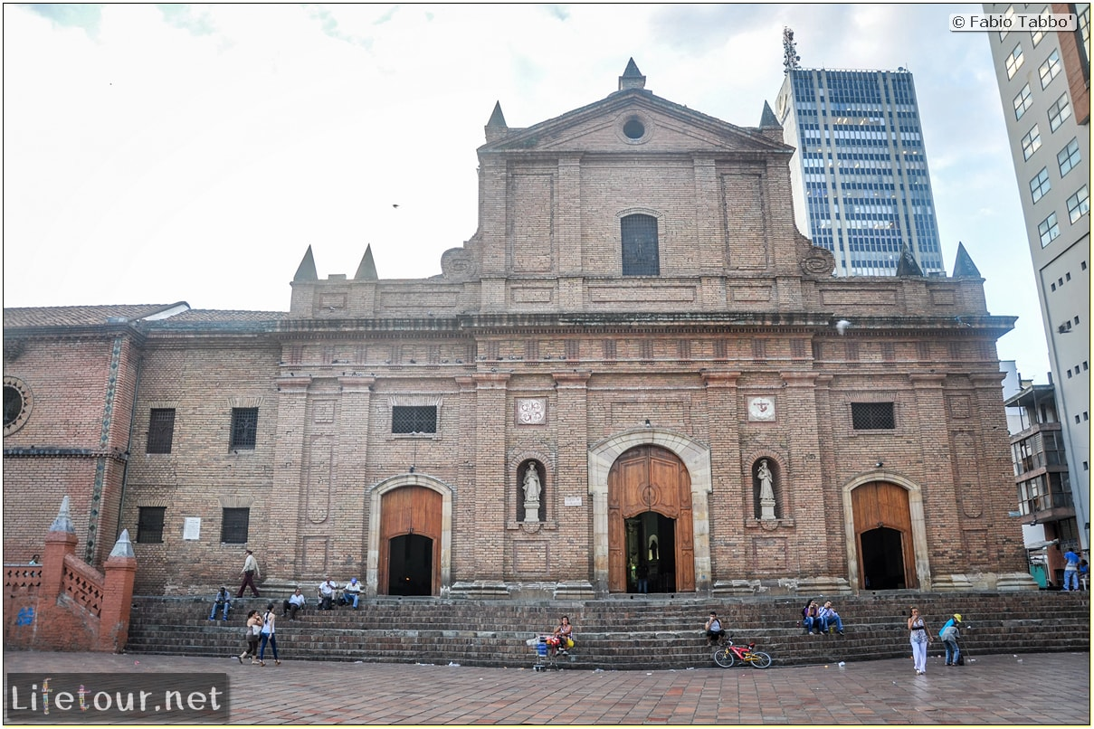 Fabio_s-LifeTour---Colombia-(2015-January-February)---Cali---Iglesia-de-San-Francisco---2559 COVER