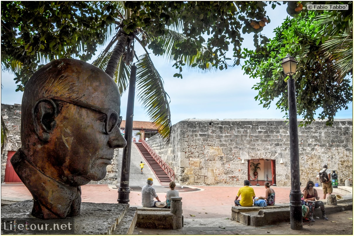 Fabio_s-LifeTour---Colombia-(2015-January-February)---Cartagena---Walled-city---Baluarte-de-Santo-Domingo---10178 COVER