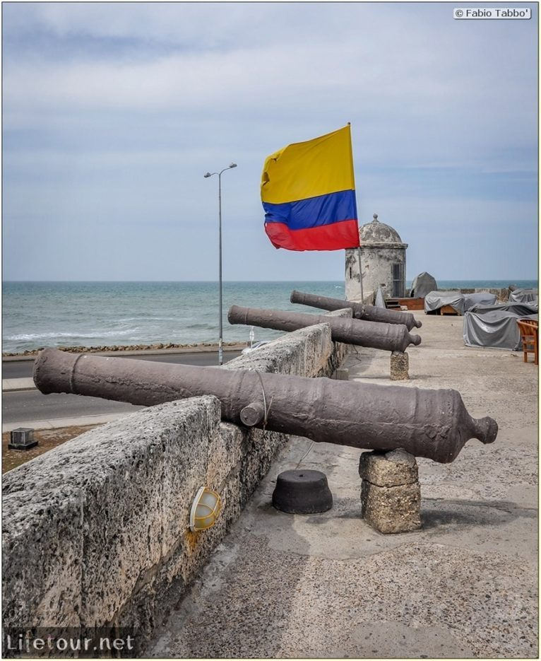 Fabio_s-LifeTour---Colombia-(2015-January-February)---Cartagena---Walled-city---Baluarte-de-Santo-Domingo---10350