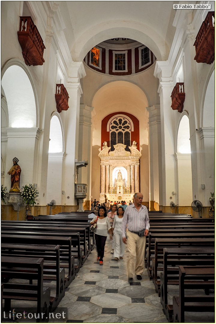 Fabio_s-LifeTour---Colombia-(2015-January-February)---Cartagena---Walled-city---Iglesia-de-San-Pedro-Claver---6305