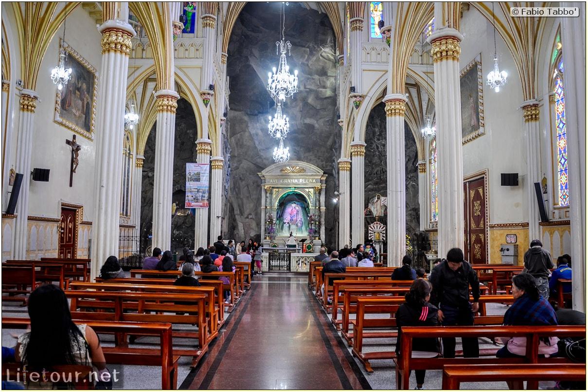 Fabio_s-LifeTour---Colombia-(2015-January-February)---Ipiales---Las-Lajas-sanctuary---Inside-the-Las-Lajas-church---4184