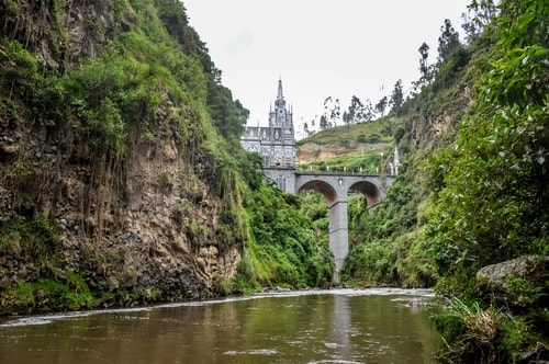 Fabio_s-LifeTour---Colombia-(2015-January-February)---Ipiales---Las-Lajas-sanctuary---Outside-views---9355 COVER