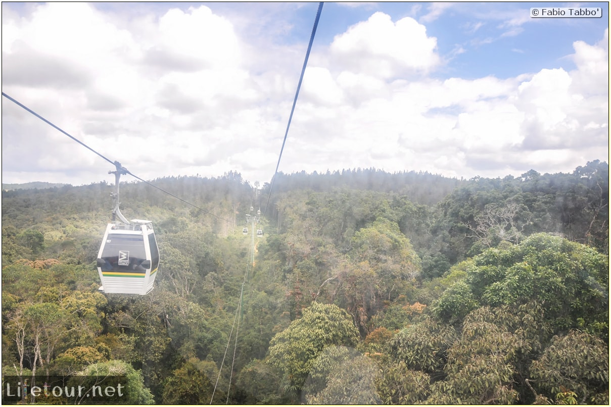 Fabio_s-LifeTour---Colombia-(2015-January-February)---Medellin---Cable-Car-Arvi---3791