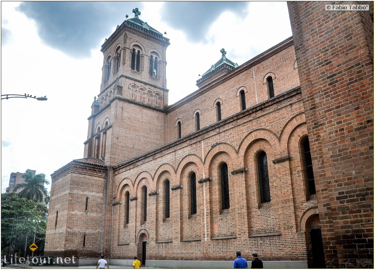 Fabio_s-LifeTour---Colombia-(2015-January-February)---Medellin---Candelaria---Catedral-Metropolitana---1767 COVER