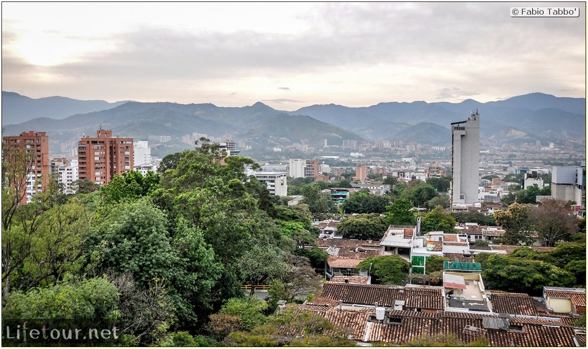 Fabio_s-LifeTour---Colombia-(2015-January-February)---Medellin---El-Poblado---3019