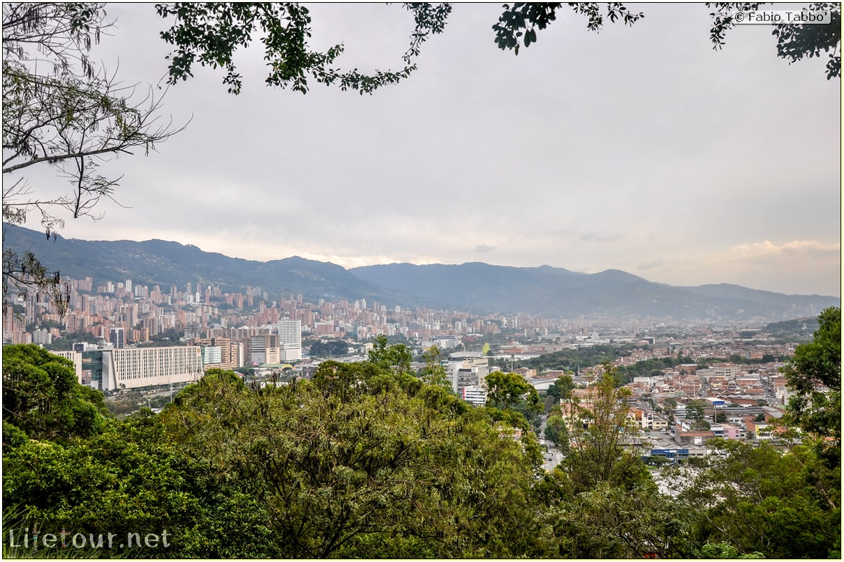 Fabio_s-LifeTour---Colombia-(2015-January-February)---Medellin---Pueblito-Paisa---5243