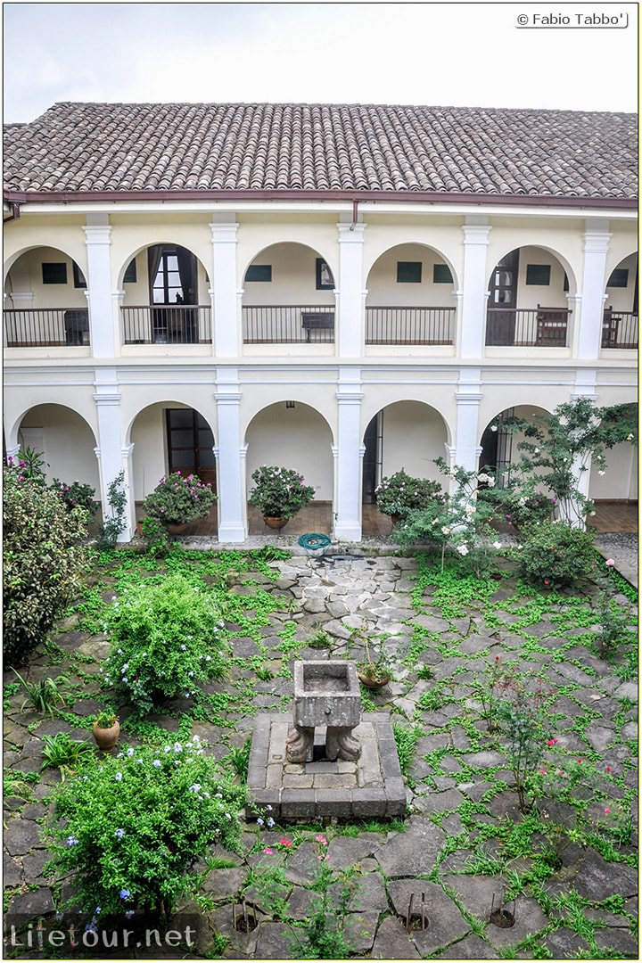 Fabio_s-LifeTour---Colombia-(2015-January-February)---Popayan---Museo-Guillermo-Valencia---7281