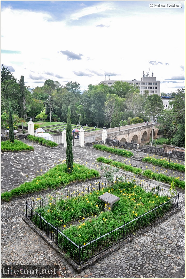 Fabio_s-LifeTour---Colombia-(2015-January-February)---Popayan---Museo-Guillermo-Valencia---7581
