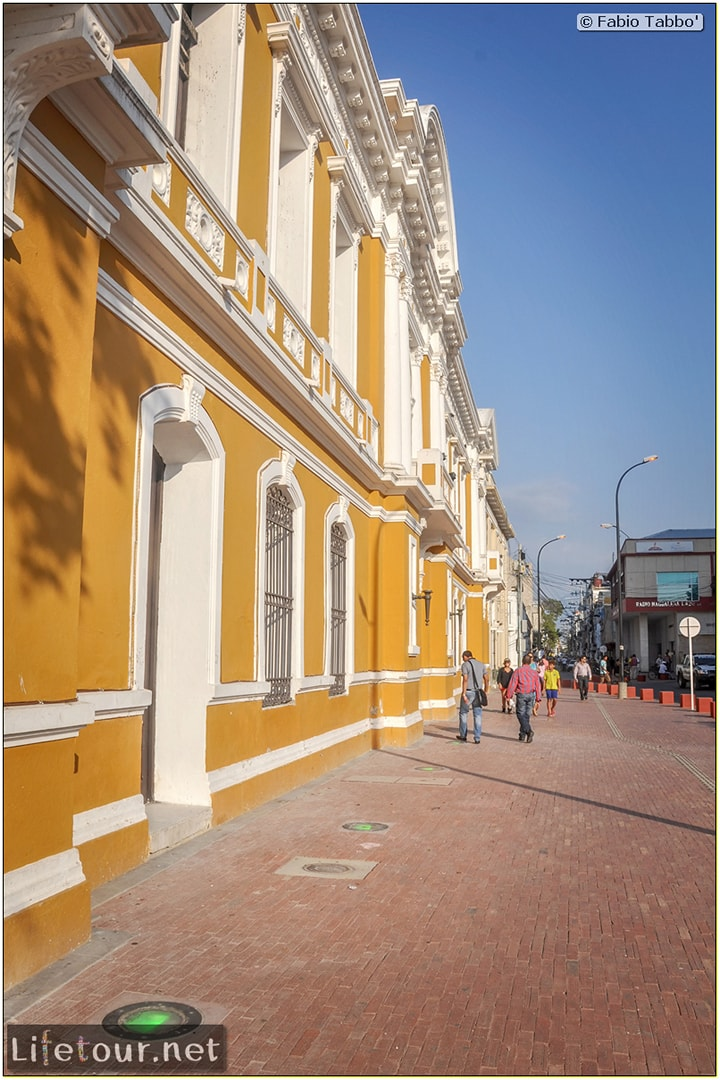 Fabio_s-LifeTour---Colombia-(2015-January-February)---Santa-Marta---city-center---Museo-del-oro-Tairona---2668