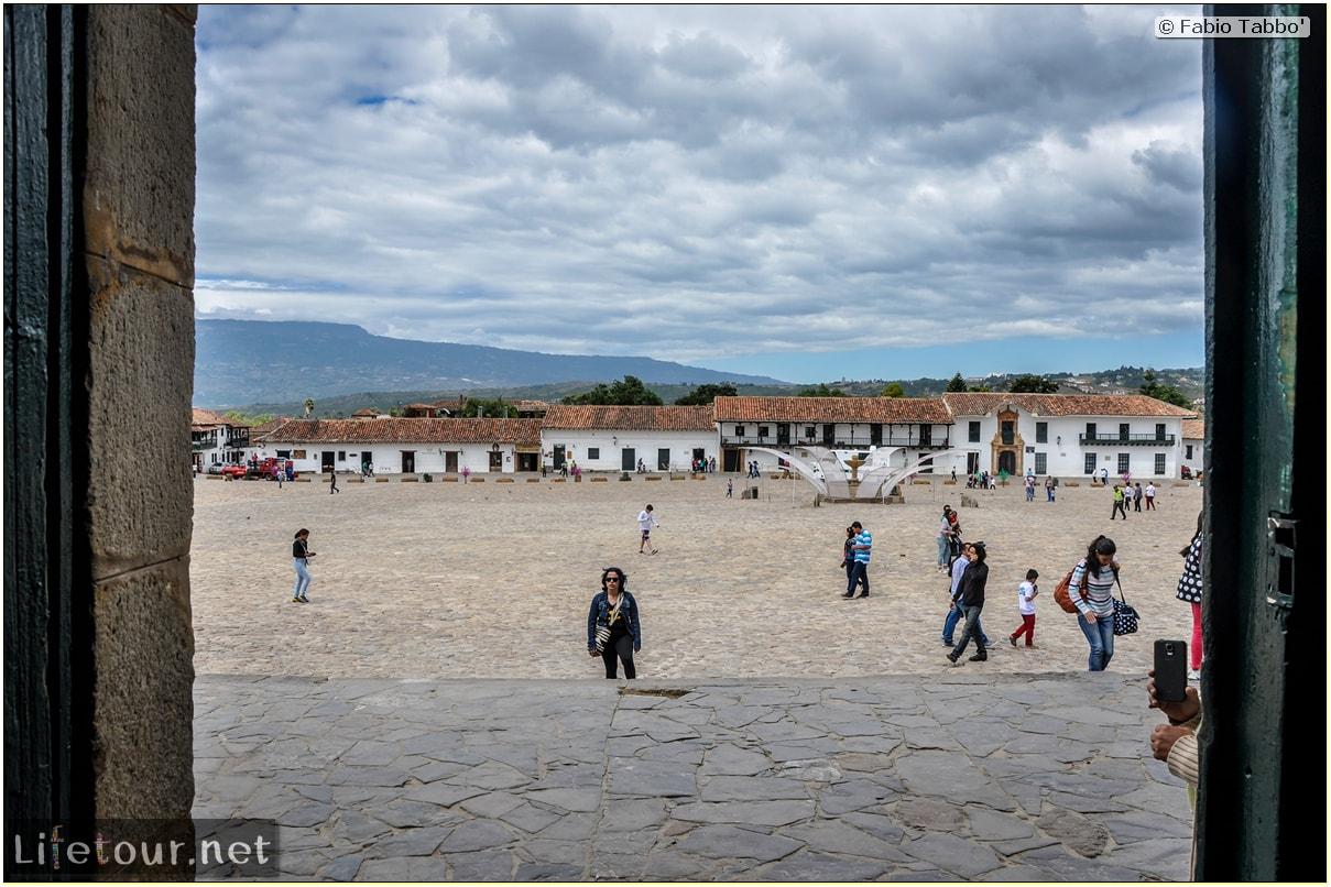 Fabio_s-LifeTour---Colombia-(2015-January-February)---Villa-de-Leyva---Plaza-Mayor---2667