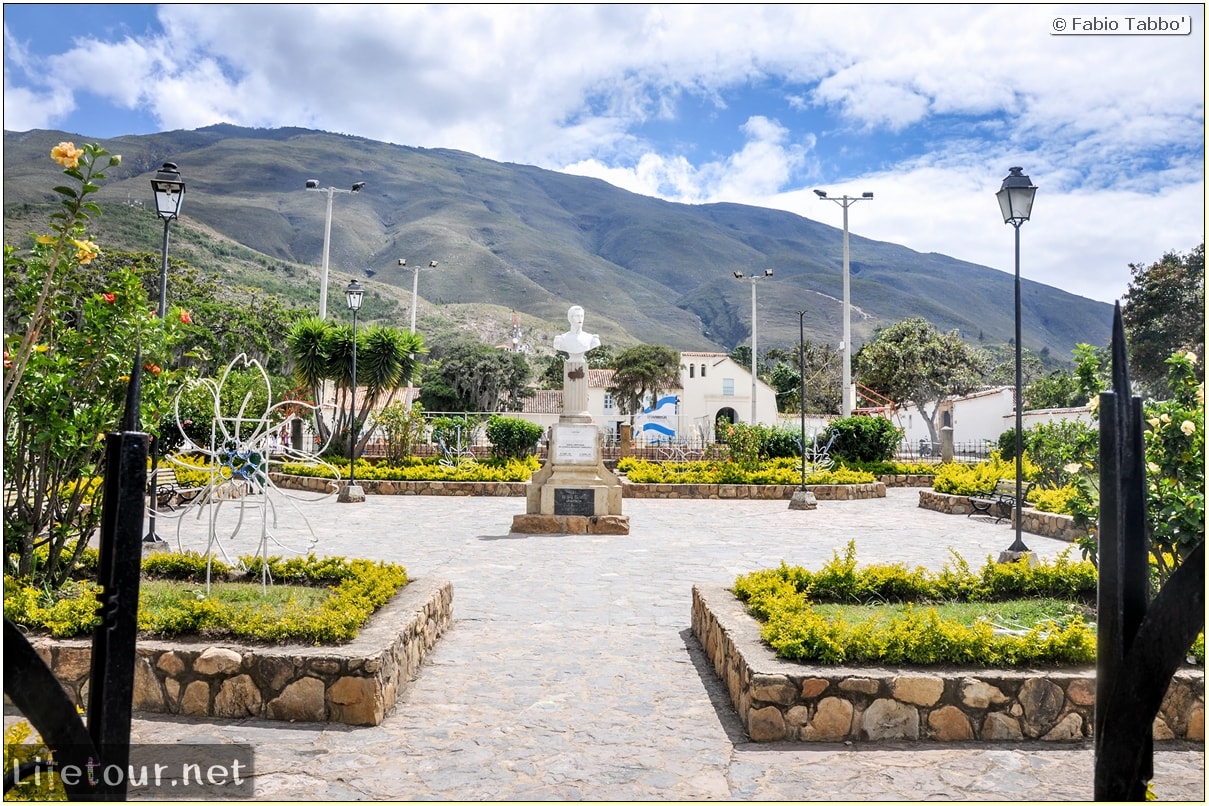 Fabio_s-LifeTour---Colombia-(2015-January-February)---Villa-de-Leyva---Ricaurte-Park---3187