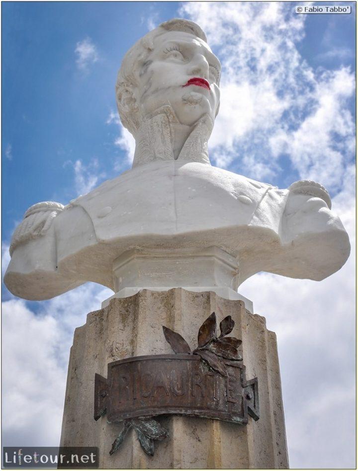 Fabio_s-LifeTour---Colombia-(2015-January-February)---Villa-de-Leyva---Ricaurte-Park---3397 COVER