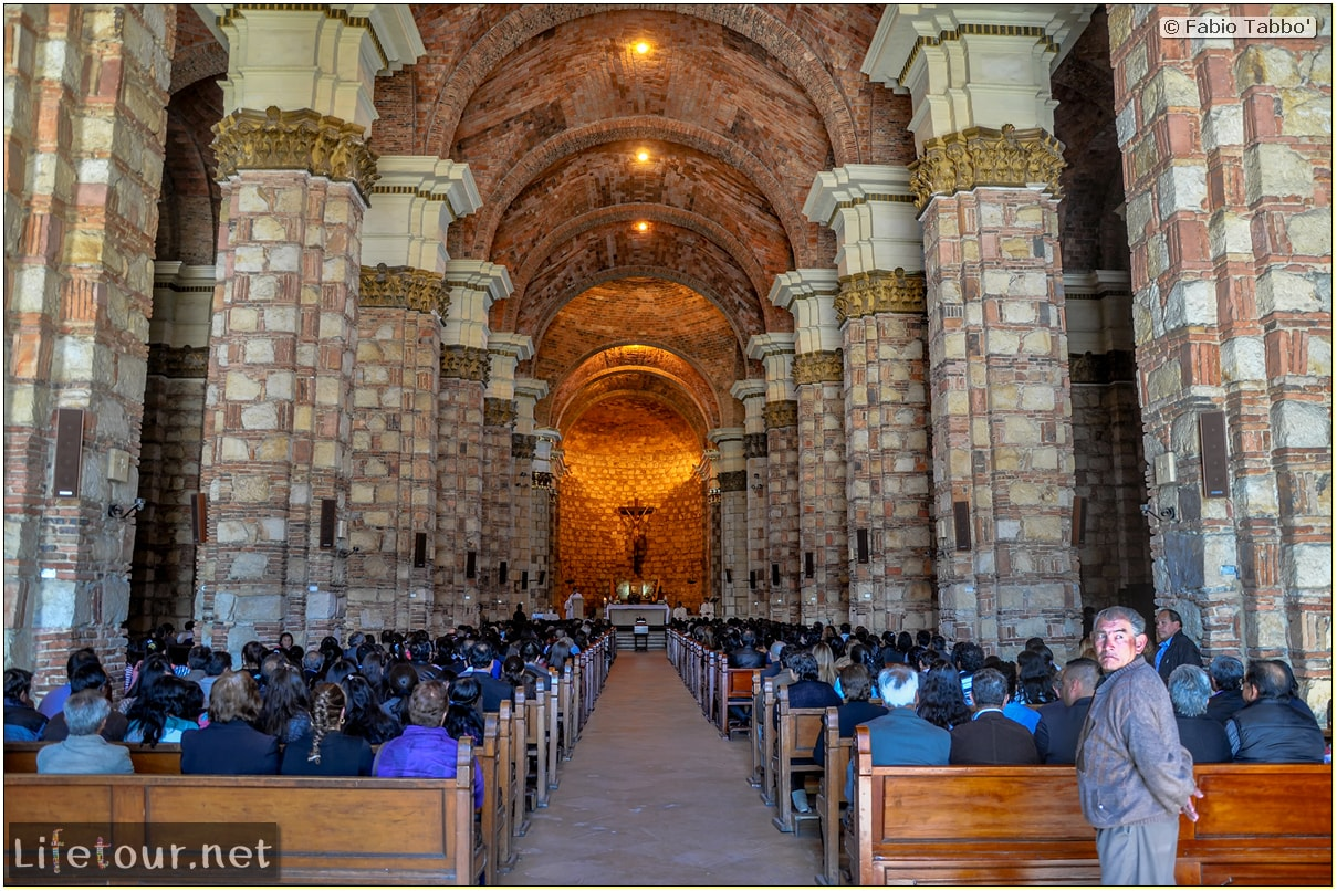 Fabio_s-LifeTour---Colombia-(2015-January-February)---Zipaquira_---Parque-Principal-_-Iglesia-Zipaquira---3789 COVER