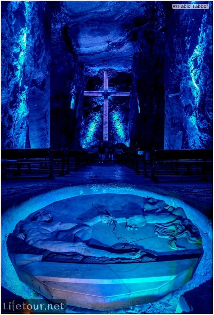 Zipaquira_---Salt-cathedral-(Catedral-de-Sal)---Underground-Cathedral-pictures---756 COVER