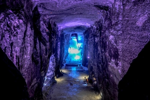Zipaquira_---Salt-cathedral-(Catedral-de-Sal)---Underground-Cathedral-pictures---792 COVER