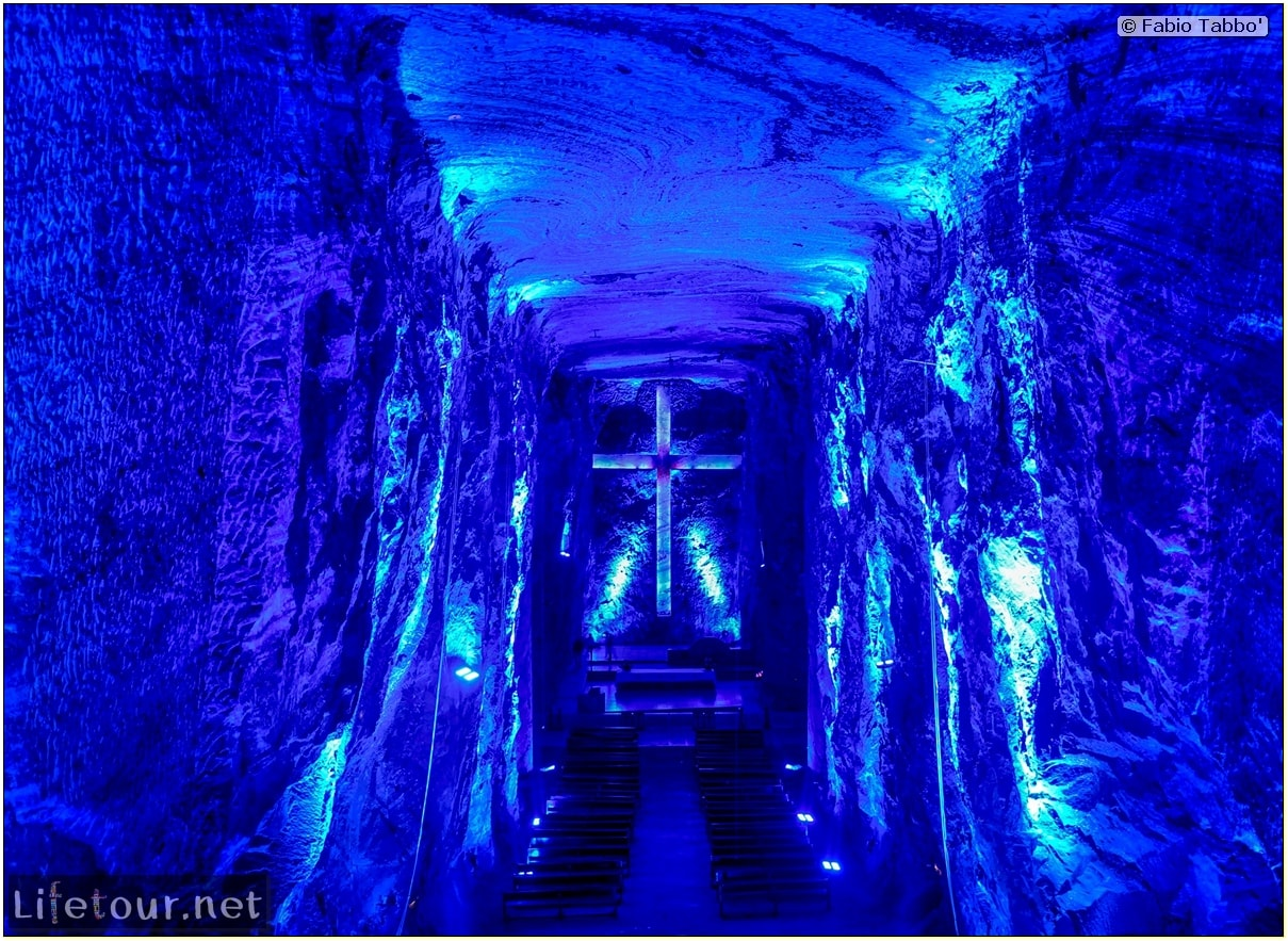 Zipaquira_---Salt-cathedral-(Catedral-de-Sal)---Underground-Cathedral-pictures---853 COVER