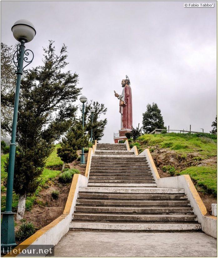 Fabio_s-LifeTour---Ecuador-(2015-February)---Alausi---San-Pedro-statue-and-mirador---11979