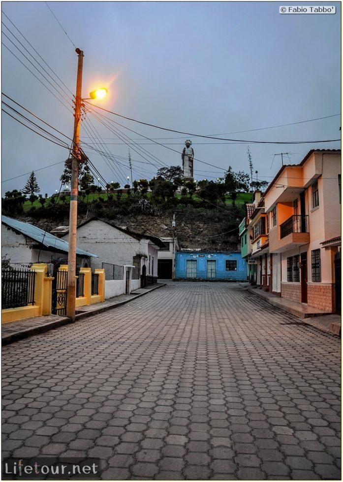 Fabio_s-LifeTour---Ecuador-(2015-February)---Alausi---San-Pedro-statue-and-mirador---12024