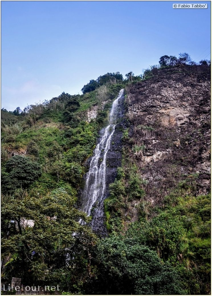 Fabio_s-LifeTour---Ecuador-(2015-February)---Banos---Waterfall-and-thermal-baths---12403