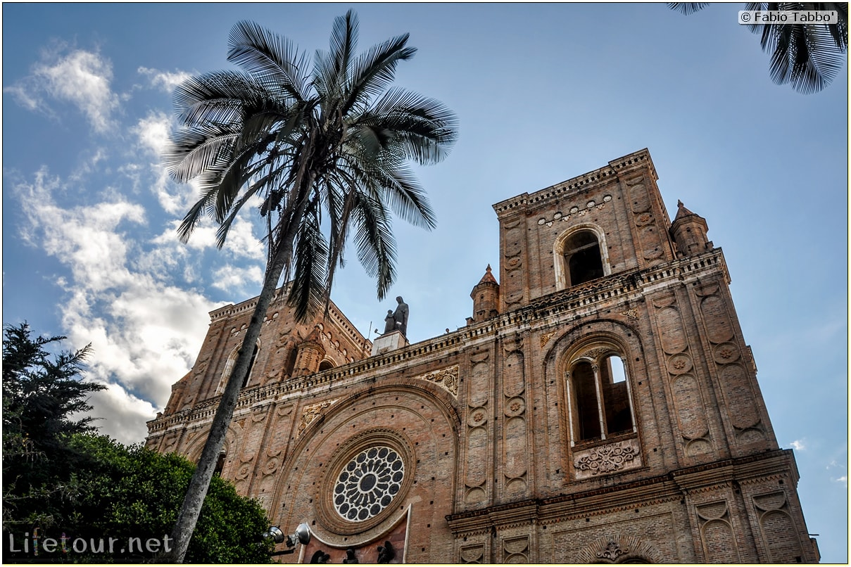 Fabio_s-LifeTour---Ecuador-(2015-February)---Cuenca---Cathedral-Inmaculada-Concepcion---12458 COVER