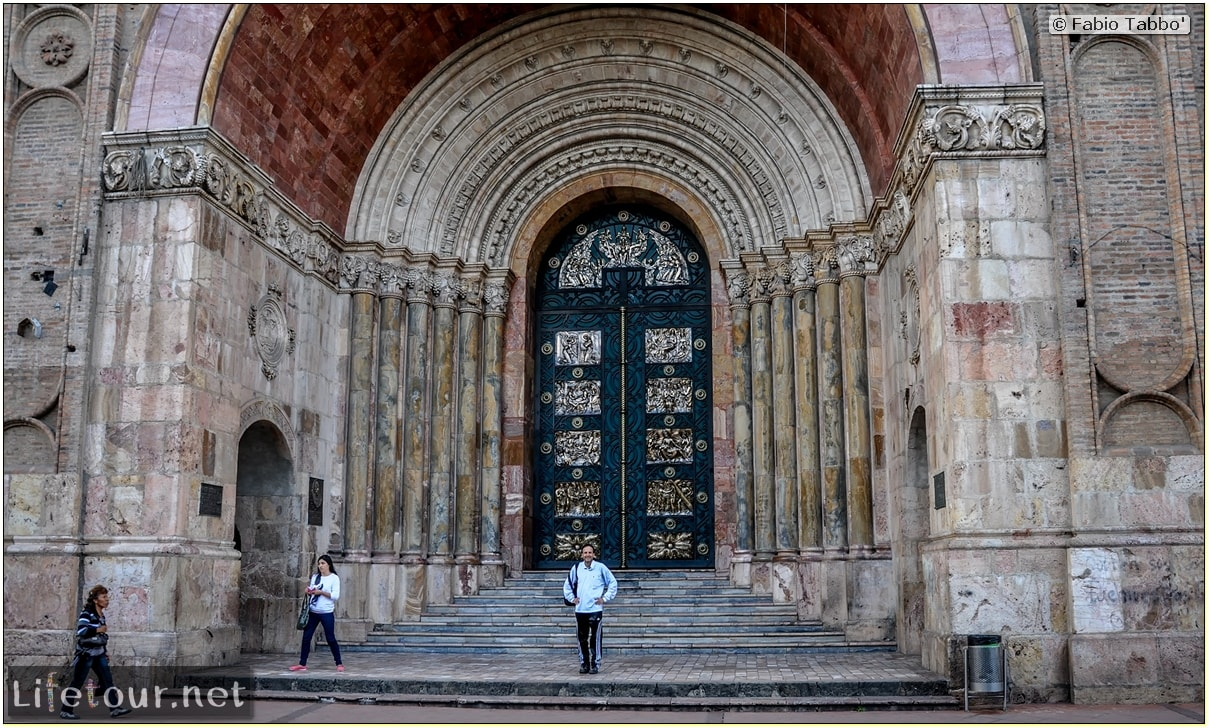 Fabio_s-LifeTour---Ecuador-(2015-February)---Cuenca---Cathedral-Inmaculada-Concepcion---12460