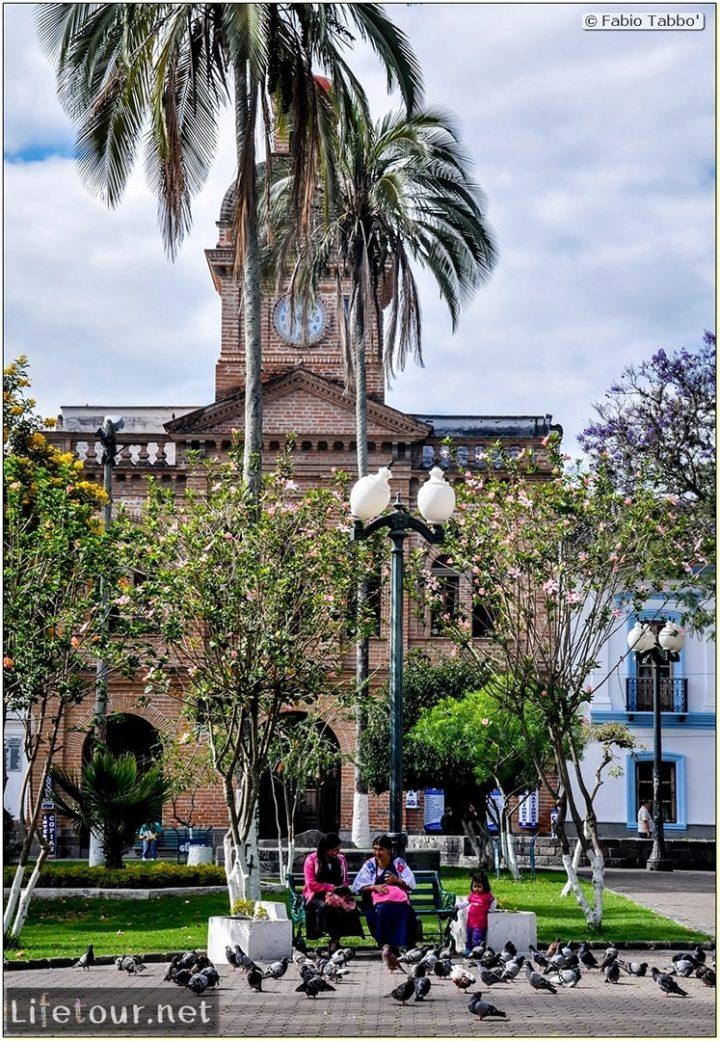 Fabio_s-LifeTour---Ecuador-(2015-February)---Ibarra---Parque-Pedro-Moncayo---10669