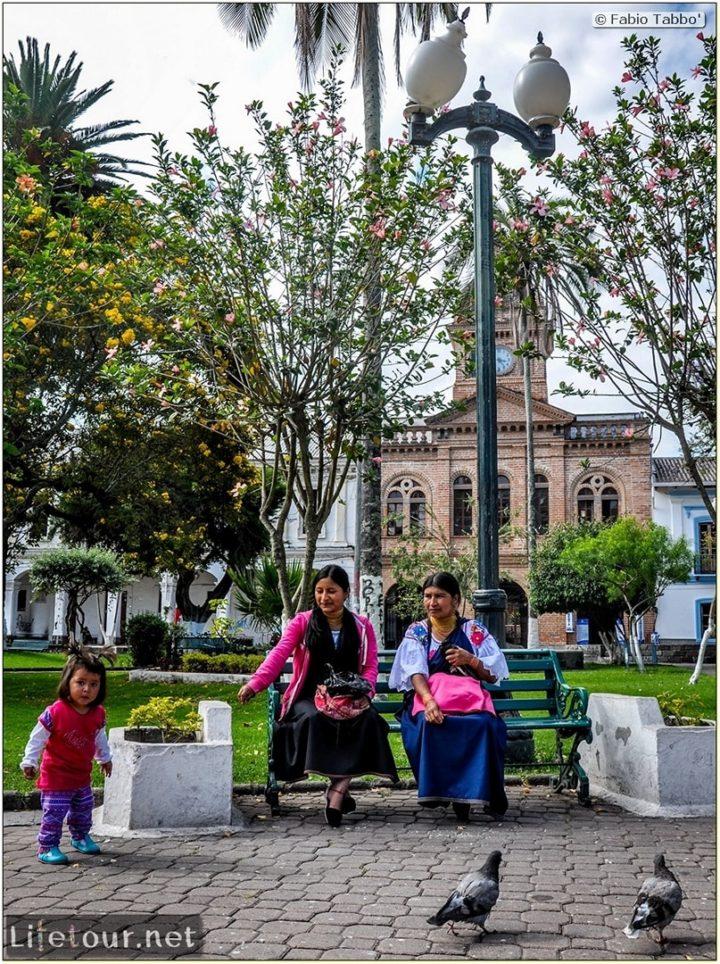 Fabio_s-LifeTour---Ecuador-(2015-February)---Ibarra---Parque-Pedro-Moncayo---10755