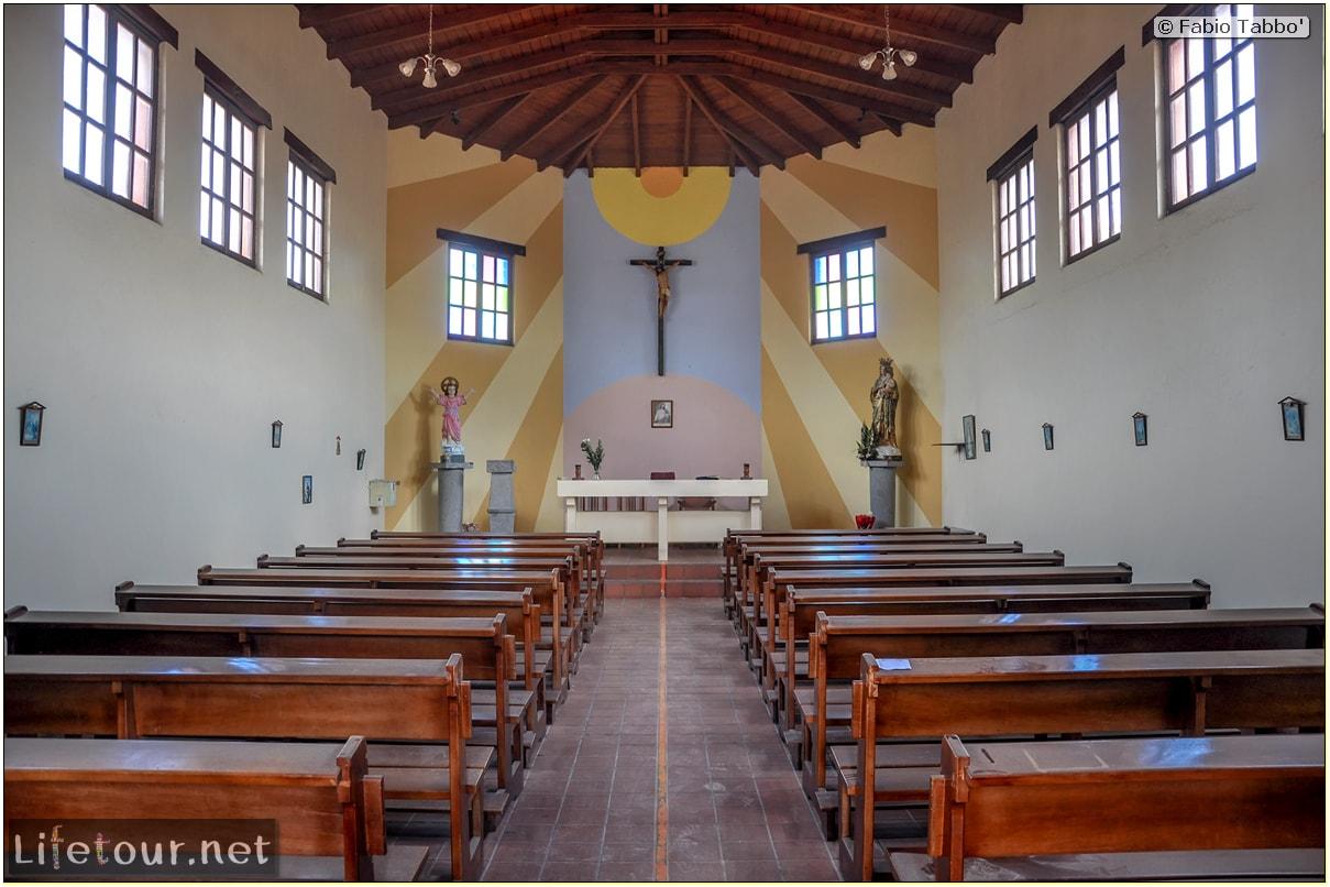Fabio_s-LifeTour---Ecuador-(2015-February)---Mitad-del-mundo---The-Church-which-was-cut-in-half---11095 COVER