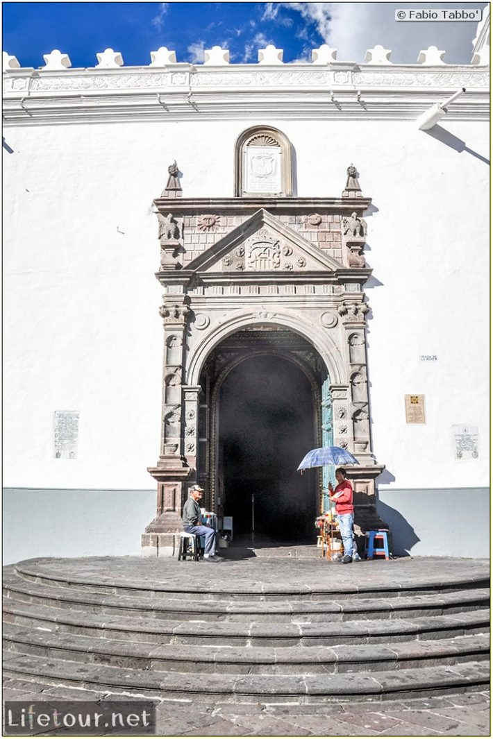 Fabio_s-LifeTour---Ecuador-(2015-February)---Quito---Iglesia-de-la-Merced---8246