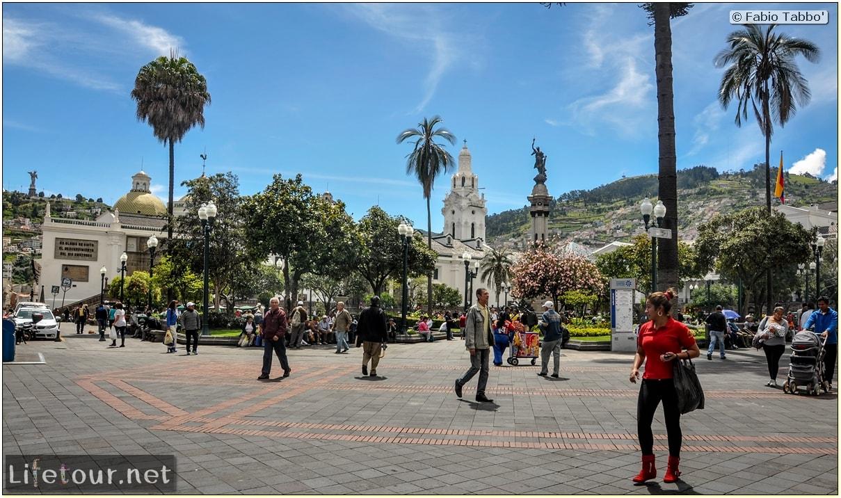 Fabio_s-LifeTour---Ecuador-(2015-February)---Quito---Plaza-Grande-(Independence-Square)---1874