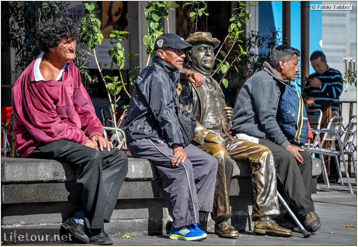 Fabio_s-LifeTour---Ecuador-(2015-February)---Quito---Plaza-Grande-(Independence-Square)---6885 COVER