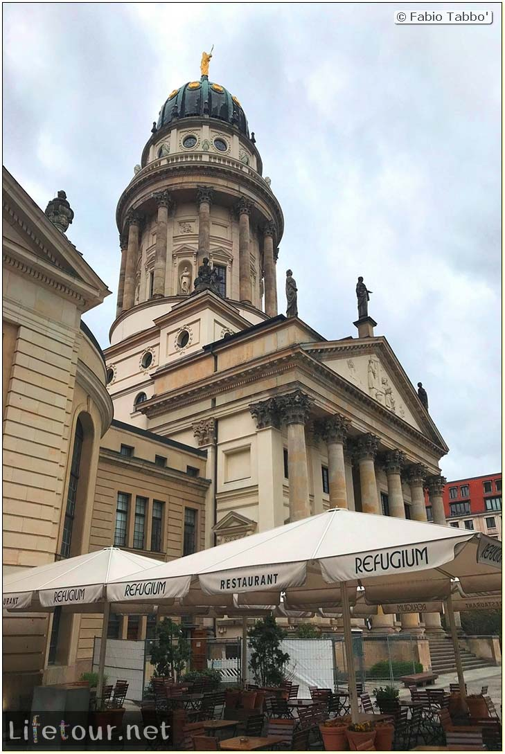 Germany-Tourism-Gendarmenmarkt-16