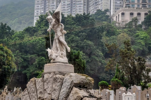 Hong-Kong-Tourism-St-Michael-Catholic-Cemetery-3588 COVER