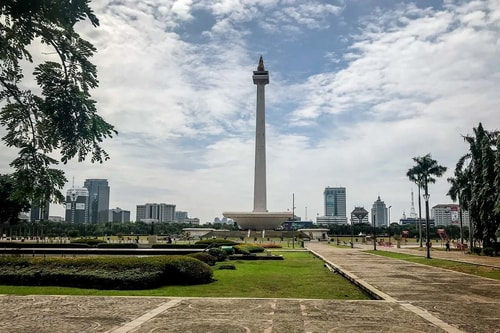 Indonesia-Jakarta-Tourism-National-Monument-(MONAS)-19123 COVER