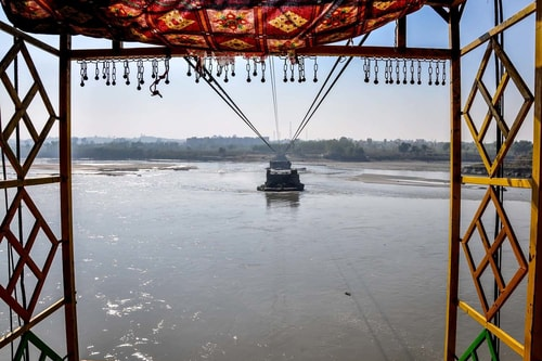 Pakistan-Nowshera-3.How-to-fly-across-a-river-6366 COVER